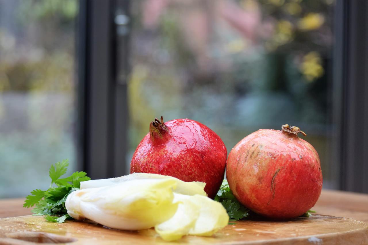 Zutat für Garanatapfel Chicoree Koriander Saft