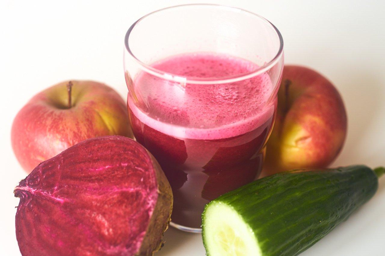 Apfel rote Beete Salatgurke Saft