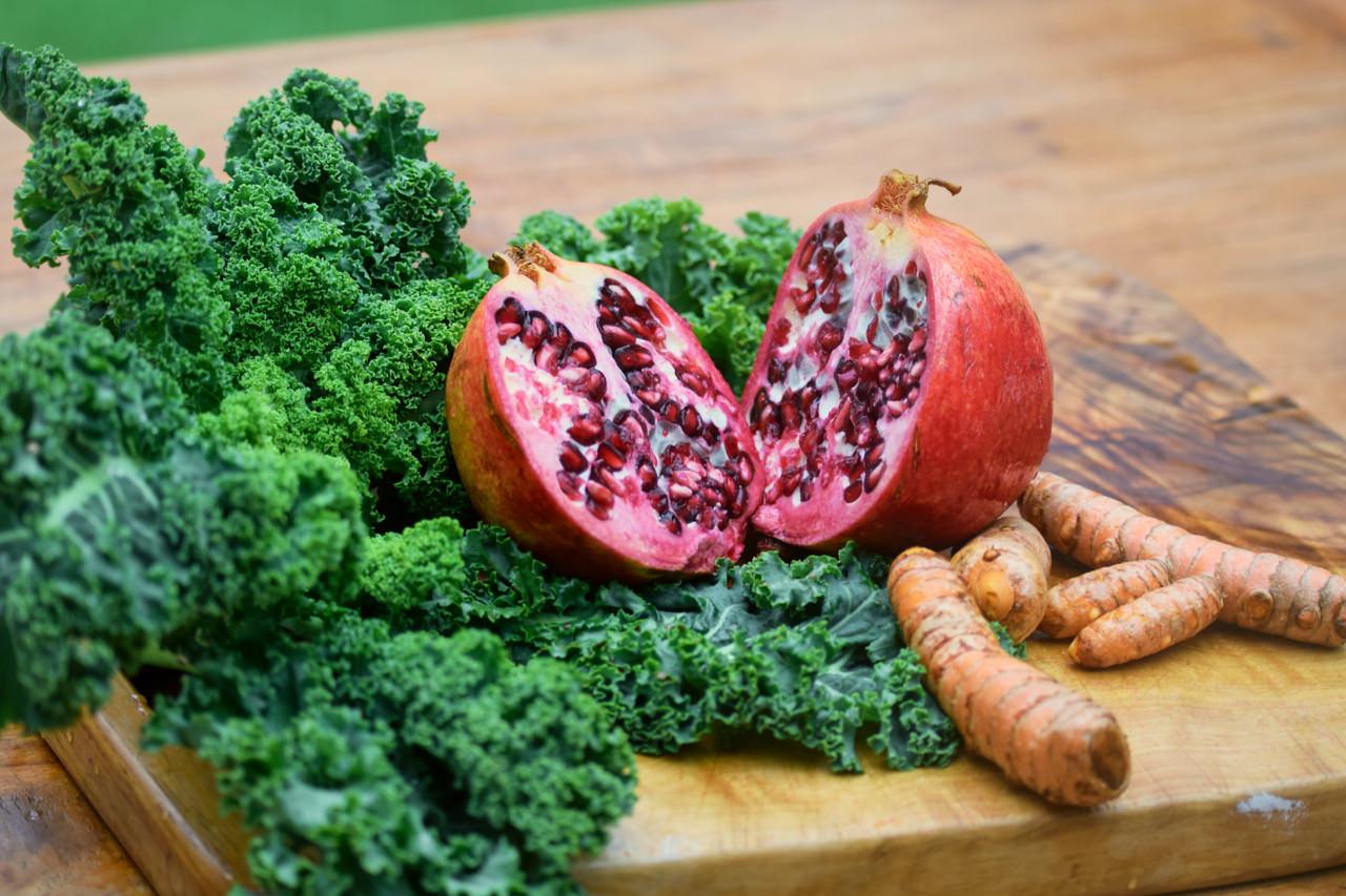 Zutaten für Granatapfel Grünkohl Koriander Saft