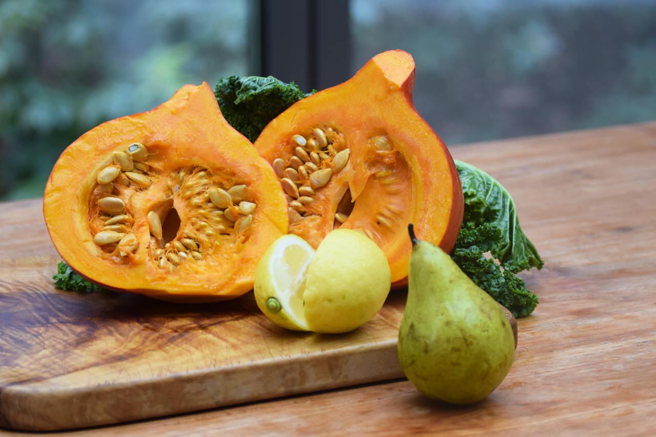 Zutaten für Kürbis Grünkohl Birne Saft